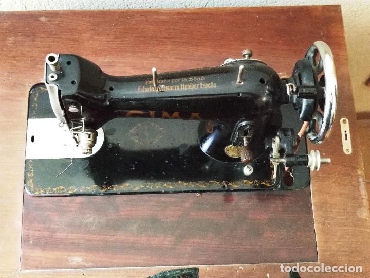 Antigüedades: Antigua máquina de coser CIMA, Estarta y Ecenarro, 1940 - Con mueble excepcional - Foto 6 - 259323615