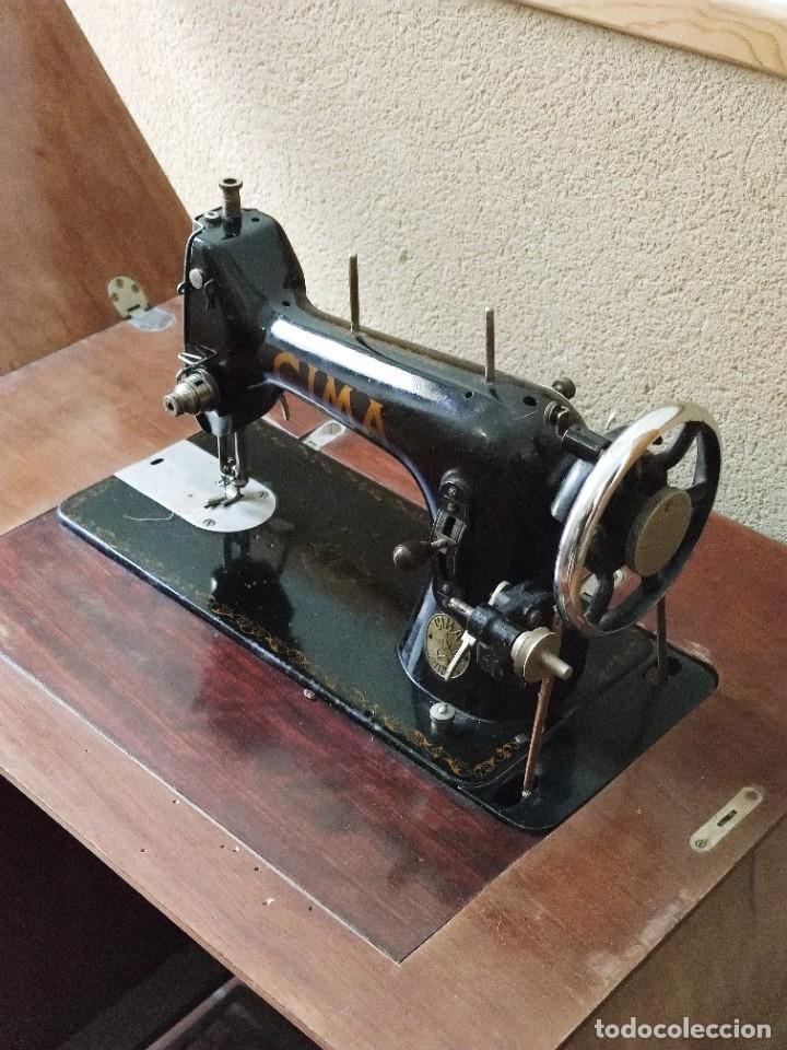 Antigüedades: Antigua máquina de coser CIMA, Estarta y Ecenarro, 1940 - Con mueble excepcional - Foto 18 - 259323615