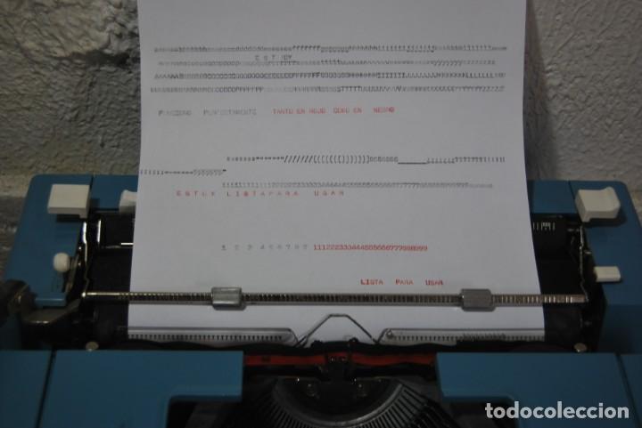 Antigüedades: maquina de escribir olivetti en perfecto estado - Foto 2 - 259707555