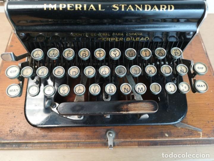 Antigüedades: Máquina de Escribir Imperial Standard - Foto 3 - 260078135