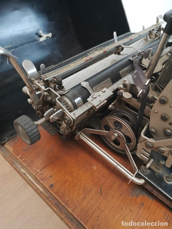 Antigüedades: Máquina de Escribir Imperial Standard - Foto 5 - 260078135