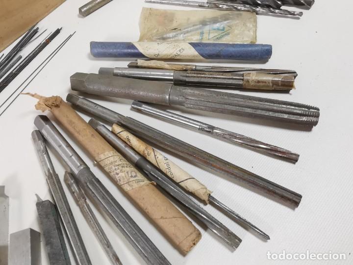 Antigüedades: IMPORTANTE LOTE MAS DE 50 PIEZAS UTILES ESCARIADORES -BROCAS-CUCHILLAS MECANICO AJUSTADOR TORNERO - Foto 23 - 260112175