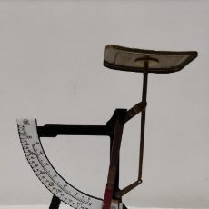 Antigüedades: ANTIGUA Y RARA BÁSCULA O BALANZA PESACARTAS (HASTA 350 G.). Lote 62394860