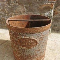Antigüedades: MEDIDA GRANO, METÁLICA, DOBLE DECALITRO, A BERTRAN, BARCELONA. Lote 260718020