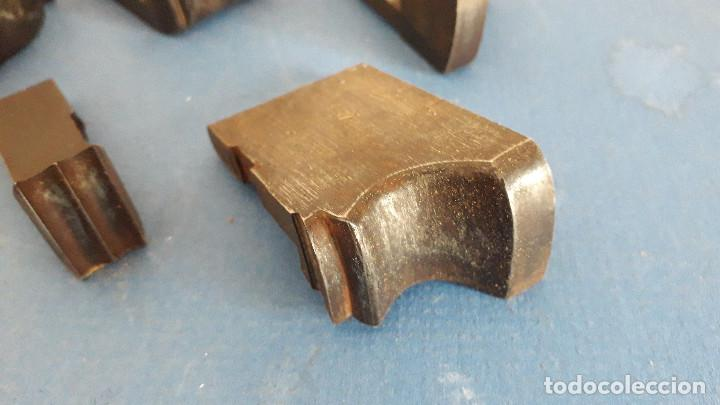 Antigüedades: lote cuchillas para molduras, acero sin marca de fabricante 9,5x4 a 5,5x1,5cm aprox - Foto 2 - 260818075