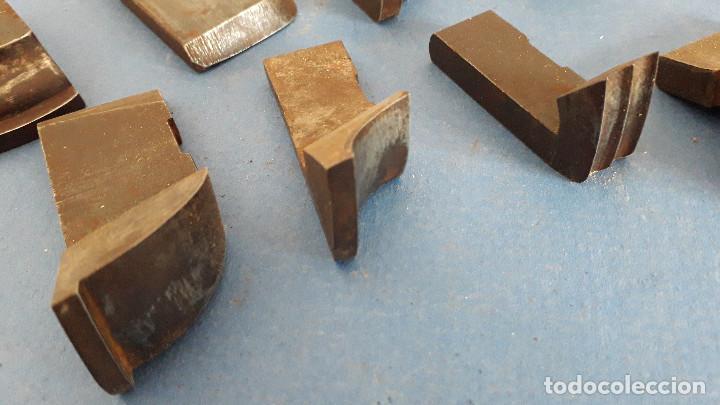 Antigüedades: lote cuchillas para molduras, acero sin marca de fabricante 9,5x4 a 5,5x1,5cm aprox - Foto 3 - 260818075