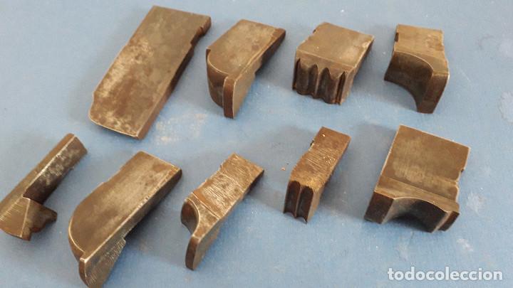 Antigüedades: lote cuchillas para molduras, acero sin marca de fabricante 9,5x4 a 5,5x1,5cm aprox - Foto 6 - 260818075