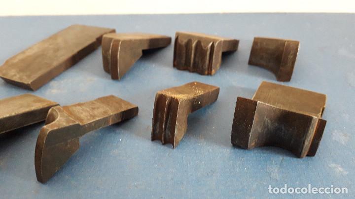 Antigüedades: lote cuchillas para molduras, acero sin marca de fabricante 9,5x4 a 5,5x1,5cm aprox - Foto 7 - 260818075