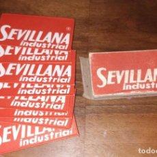 Antigüedades: CAJA CON 8 CUCHILLAS, HOJAS DE AFEITAR LA SEVILLANA INDUSTRIAL.. Lote 260838475