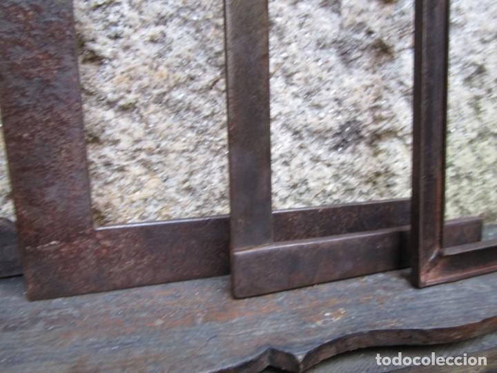 Antigüedades: PIEDRA CANTERIA CANTERO - LOTE 5 ESCUADRAS ANTIGUAS HIERRO, LA MAYOR 40X30X0.6CM, EXCELENTES + INFO - Foto 3 - 261112500
