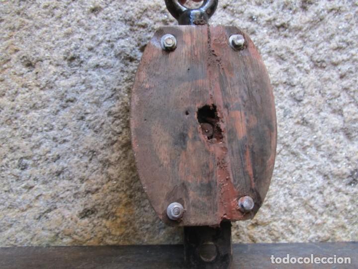Antigüedades: PASTECA ROLDANA GARRUCHA , ROLDANA HIERRO, PARCIALMENTE RESTAURADA. + INFO - Foto 3 - 261117255