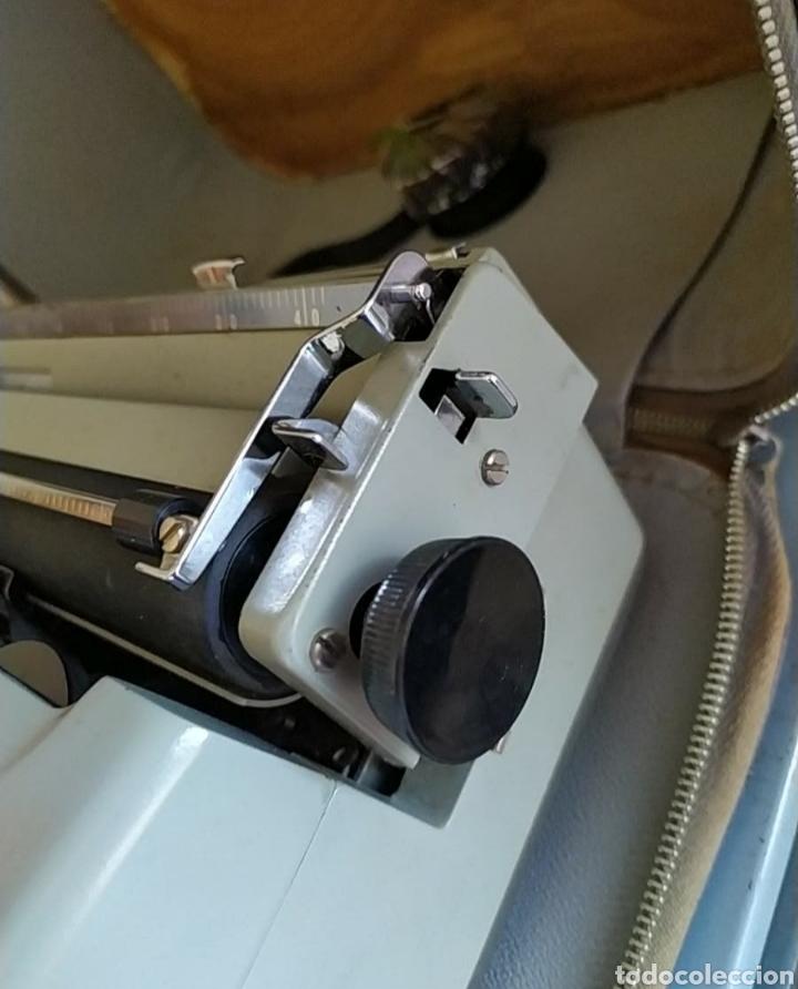 Antigüedades: Maquina escribir Remington Travel Riter Deluxe - Foto 6 - 261205345