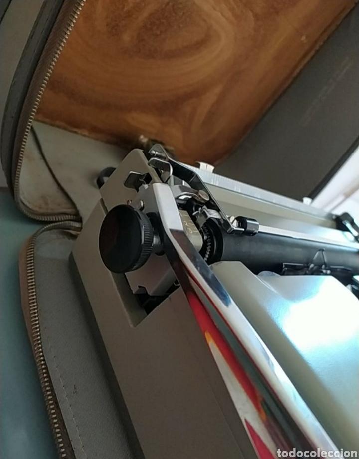 Antigüedades: Maquina escribir Remington Travel Riter Deluxe - Foto 7 - 261205345