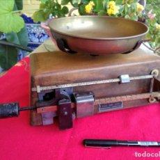 Antigüedades: BALANZA ANTIGUA. Lote 261249805