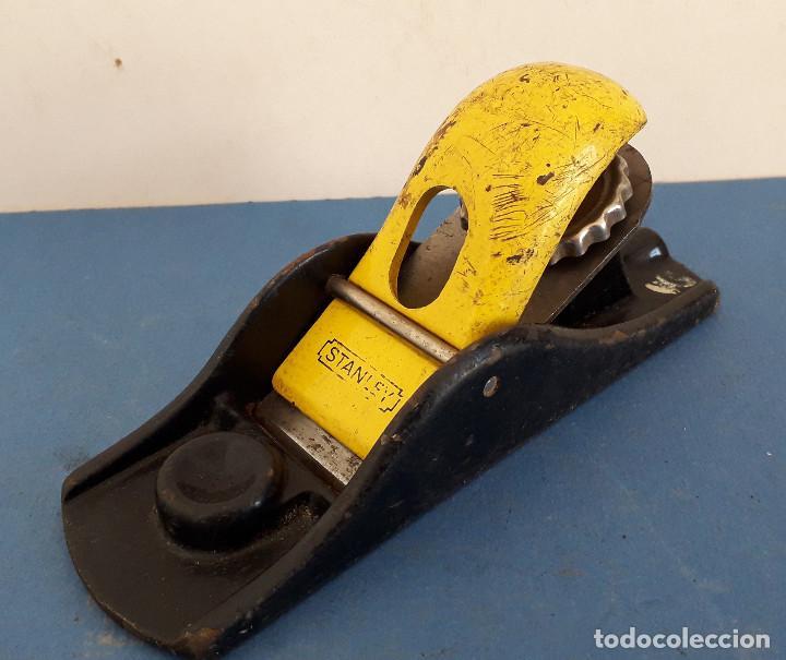 Antigüedades: cepillo stanley con cuchilla original de 4cm aprox, largo 17cm aprox - Foto 4 - 261559940