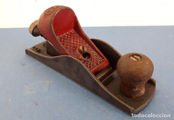 Antigüedades: cepillo urko eibar nº6 con cuchilla original de 3,8cm aprox, largo 16,5cm aprox - Foto 3 - 261561190