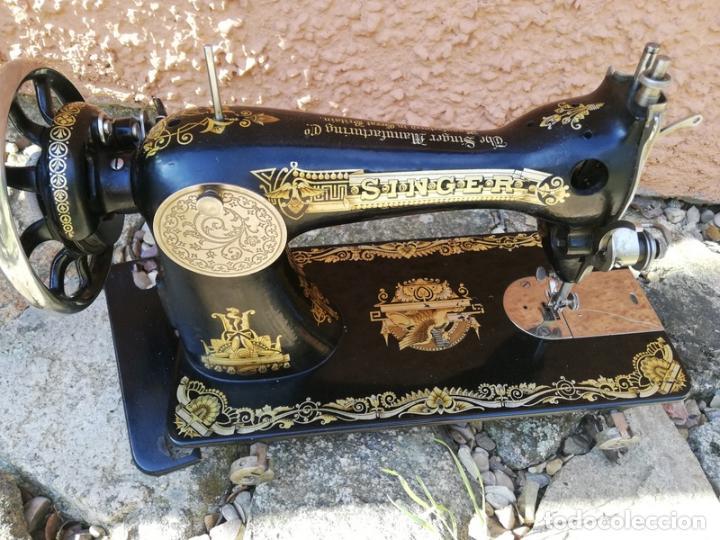 ANTIGUA MÁQUINA DE COSER SINGER. (Antigüedades - Técnicas - Máquinas de Coser Antiguas - Singer)