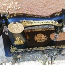 Antigüedades: ANTIGUA MÁQUINA DE COSER SINGER.. Lote 261910785