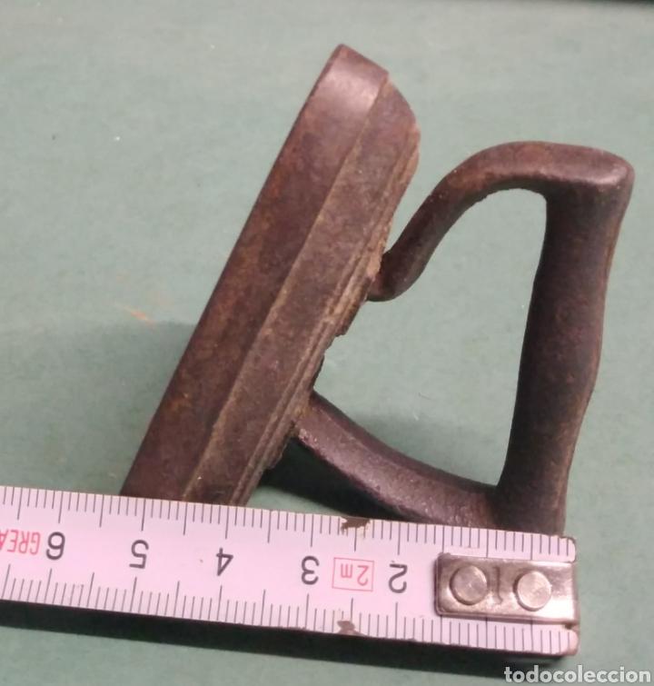 Antigüedades: Plancha pequeña número 3 hierro - Foto 4 - 261922470