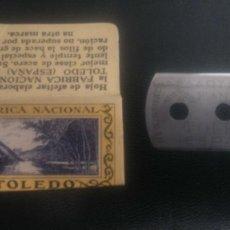 Antigüedades: HOJA DE AFEITAR - CUCHILLA DE AFEITAR - TOLEDO - VISTA DE TOLEDO - NUEVA CON SU HOJA. Lote 261986190