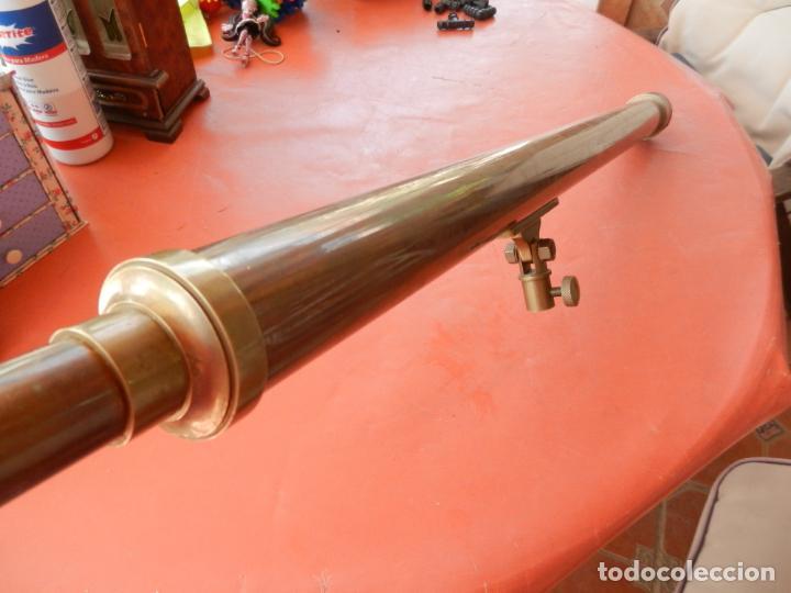 ANTIGUO TELESCOPIO EN BRONCE Y COBRE - VER FOTOS - MIDE 96 CM. (Antigüedades - Técnicas - Otros Instrumentos Ópticos Antiguos)
