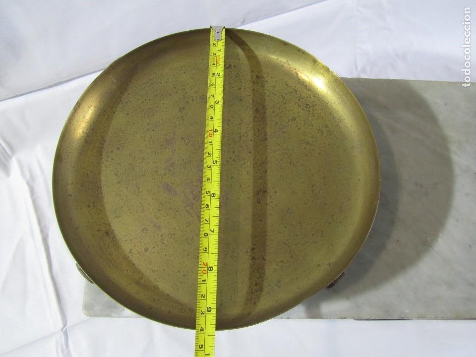 Antigüedades: Báscula o balanza madera y mármol, bandejas de latón, Alfonso García Constructor Madrid 10 kg - Foto 8 - 262059510