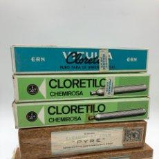Antigüedades: 5 CAJAS CON FIOLAS (2 CLORURO DE ETILO 30/50 ML PYRE),(2 CLORETILO CHEMIROSA),(CLORETILO VITULIA). Lote 262073915