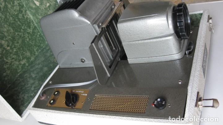 Antigüedades: proyector - Foto 3 - 262102835