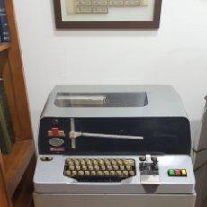 Antigüedades: ANTIGUO TELETIPO FABRICACIÓN ESPAÑOLA, SOLO RECOGIDA EN TIENDA. Lote 262216085