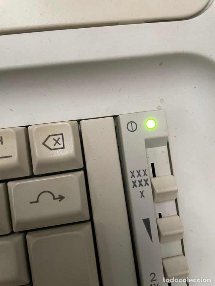 Antigüedades: Máquina de escribir Olimpia - Foto 2 - 262305725