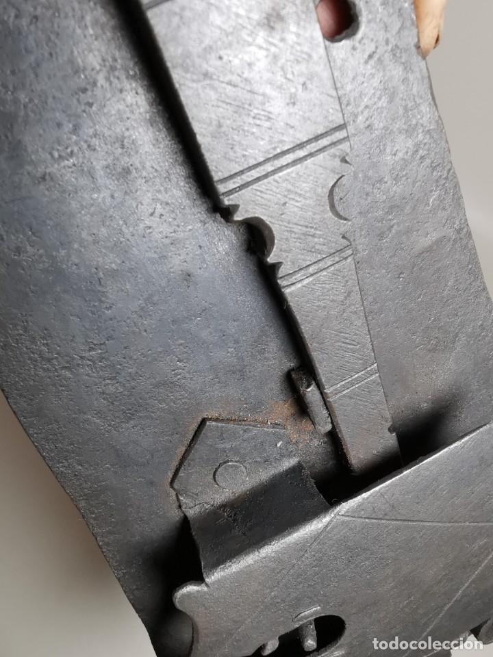 Antigüedades: CERRADURA FORJA MANUAL DE MAESTRIA CATALANA . SIGLO -XVII-XVIII SIN LLAVE - Foto 15 - 262536315