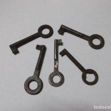 Antigüedades: LOTE CINCO LLAVES ANTIGUAS. Lote 262641805