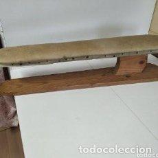 Antigüedades: TABLA DE PLANCHAR MANGAS DE SASTRE. Lote 262666280