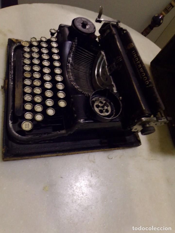 Antigüedades: maquina de escribir portatil con su maleta de madera underwood - Foto 4 - 262692660