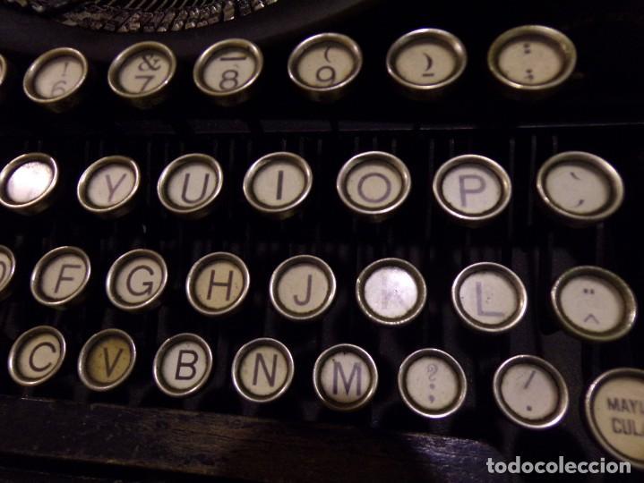 Antigüedades: maquina de escribir portatil con su maleta de madera underwood - Foto 17 - 262692660