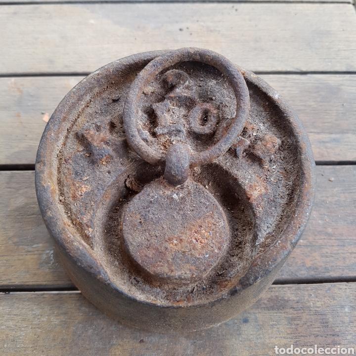 Antigüedades: PESO DE 2 KILOGRAMOS - Foto 2 - 262862310