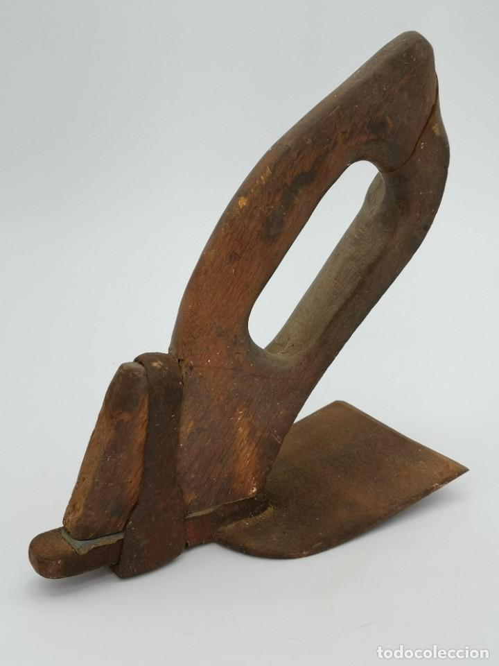 ANTIGUA AZUELA DE CARPINTERÍA. 26 CM. (Antigüedades - Técnicas - Herramientas Profesionales - Carpintería )