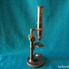 Antigüedades: ANTIGUO MICROSCOPIO DE BRONCE SOLEIL PARIS. Lote 263009915