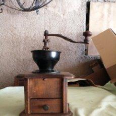 Antigüedades: ANTIGUO MOLINO DE CAFÉ. Lote 263024655