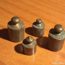 Antigüedades: 4 PESAS EN BRONCE. Lote 263205825