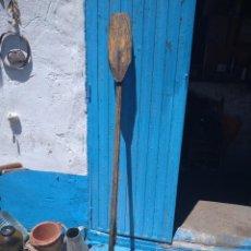 Antigüedades: REMO ANTIGUO ARTESANO. Lote 263599395