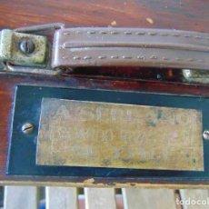 Antigüedades: MALETIN DE MEDICO EN MADERA . A SERRANO SE 3541 E, EN MADERA COCHE URGENCIAS , RESTAURAR. Lote 263738775