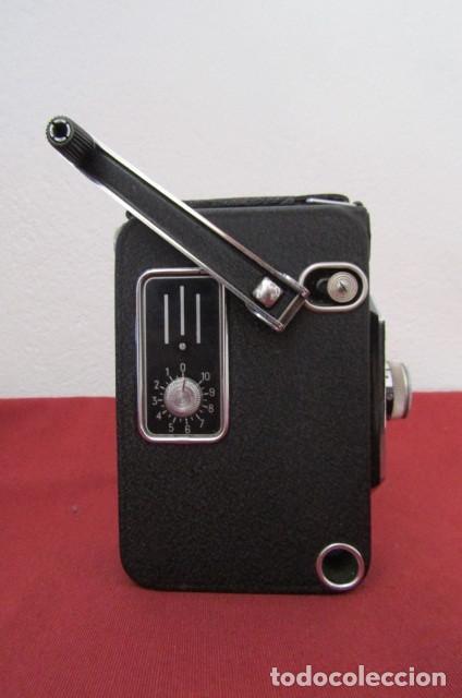 Antigüedades: Antigua Cámara filmadora de cine alemana marca Agfa modelo Movex 8 año 1938 con su estuche original - Foto 6 - 263743065