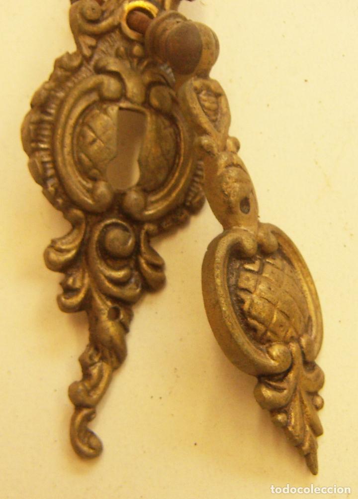 Antigüedades: viejo tirador para mueble - Foto 2 - 264031205