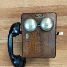 Teléfonos: TELÉFONO MURAL DE MADERA Y BAQUELITA 5504-H, CON MAGNETO, DE STANDARD ELÉCTRICA PARA LA CTNE. Lote 264054265