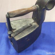 Antigüedades: PRECIOSA PLANCHA DE CARBON. Lote 264131685