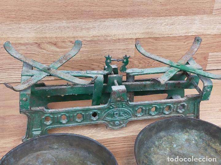Antigüedades: ANTIGUA BALAZNA CON PLATOS - Foto 8 - 264146780