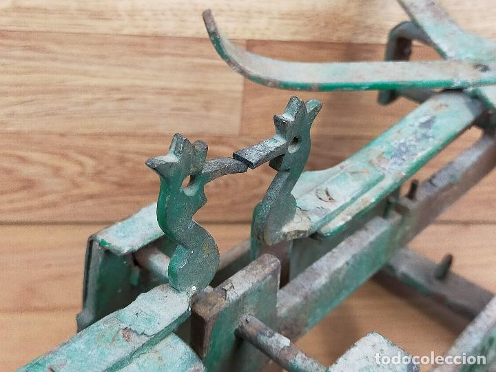 Antigüedades: ANTIGUA BALAZNA CON PLATOS - Foto 12 - 264146780