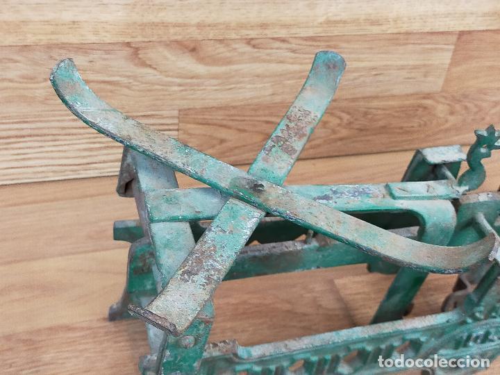 Antigüedades: ANTIGUA BALAZNA CON PLATOS - Foto 15 - 264146780