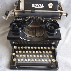 Antigüedades: ANTIGUA MAQUINA DE ESCRIBIR ROYAL DE 1924. Lote 264183956